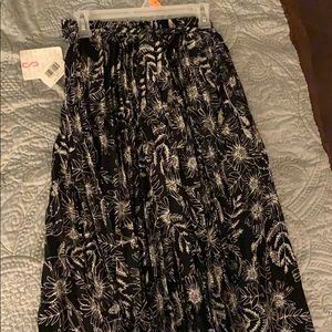 Lularoe Deanne Wrap Skirt! New with tags!!!